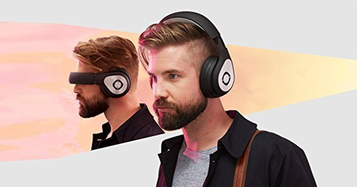 A Unique 3D Virtual Reality Headset Headphones You Can Take Anywhere
