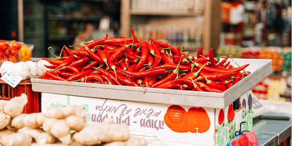 Red Chili Benefits And Side Effects - Health and Harm