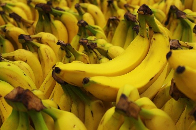 Why you shouldn't put bananas in the fridge