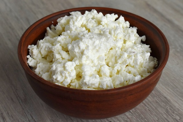 A Bowl Food Wood Table Cottage Cheese Traditional
